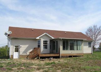 Foreclosure Home in Clarksville, TN, 37042,  LINDSEY DR ID: F4128577