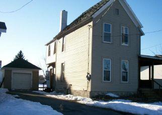 Casa en ejecución hipotecaria in Watertown, NY, 13601,  BREEN AVE ID: F4128791