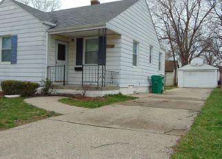 Casa en ejecución hipotecaria in Eastpointe, MI, 48021,  HAYES AVE ID: F4128945