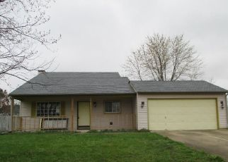 Casa en ejecución hipotecaria in Columbus, IN, 47201,  BUCKINGHAM DR ID: F4129056