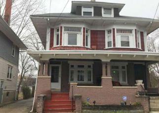 Casa en ejecución hipotecaria in Trenton, NJ, 08618,  HILLCREST AVE ID: F4129858