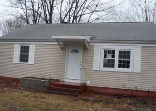 Casa en ejecución hipotecaria in East Hartford, CT, 06118,  PINECREST DR ID: F4130194