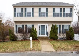 Casa en ejecución hipotecaria in Attleboro, MA, 02703,  HOBBS ST ID: F4130280