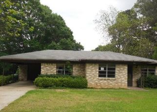Foreclosure Home in Shreveport, LA, 71108,  KINGSTON RD ID: F4130304