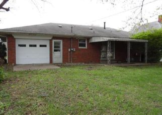 Casa en ejecución hipotecaria in Madison Condado, IL ID: F4130363
