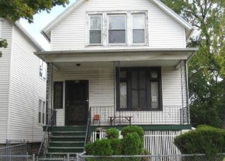Casa en ejecución hipotecaria in Chicago, IL, 60619,  S KENWOOD AVE ID: F4130549