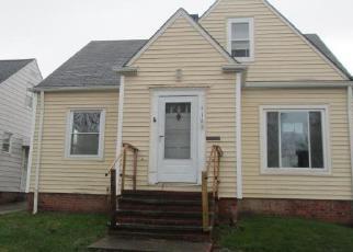 Casa en ejecución hipotecaria in Cleveland, OH, 44121,  HARWOOD RD ID: F4131410