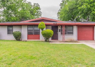 Casa en ejecución hipotecaria in Fort Worth, TX, 76134,  WHITTEN ST ID: F4131853