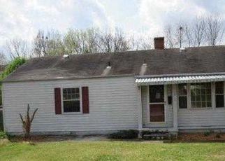 Casa en ejecución hipotecaria in Kingsport, TN, 37664,  GARDEN DR ID: F4131859