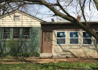 Casa en ejecución hipotecaria in Coatesville, PA, 19320,  N WALNUT ST ID: F4131923
