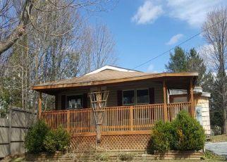 Casa en ejecución hipotecaria in Rutland, VT, 05701,  CHURCH ST ID: F4133145