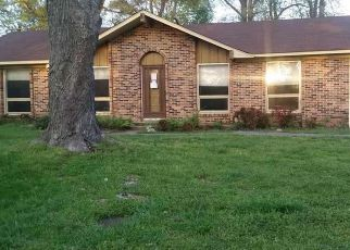 Foreclosure Home in Decatur, AL, 35601,  CANTWELL AVE SW ID: F4133291