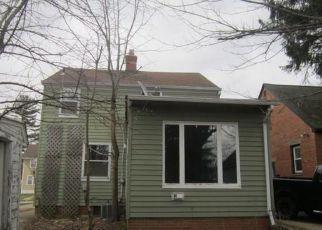 Casa en ejecución hipotecaria in Maple Heights, OH, 44137,  CAMDEN RD ID: F4133509