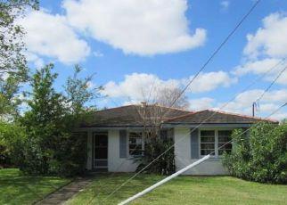 Casa en ejecución hipotecaria in Gretna, LA, 70053,  THOMAS ST ID: F4133610