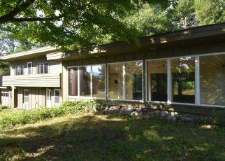Casa en ejecución hipotecaria in Morrisville, VT, 05661,  PAINE AVE ID: F4134316