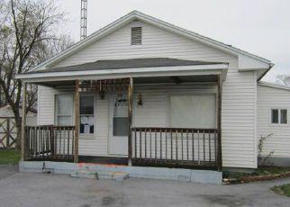 Casa en ejecución hipotecaria in Martinsburg, WV, 25401,  WHITNEY WAY ID: F4134424
