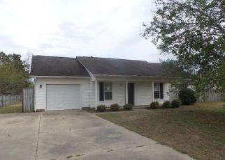 Casa en ejecución hipotecaria in Raeford, NC, 28376,  NORTHWOODS DR ID: F4134585