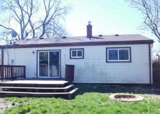 Casa en ejecución hipotecaria in Westland, MI, 48186,  BIRCHWOOD ST ID: F4134713
