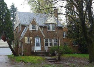 Casa en ejecución hipotecaria in Lansing, MI, 48915,  W ALLEGAN ST ID: F4135382