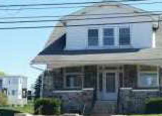 Casa en ejecución hipotecaria in Reading, PA, 19605,  KUTZTOWN RD ID: F4136147