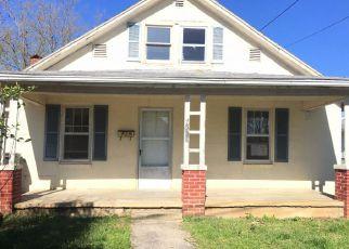 Casa en ejecución hipotecaria in Kingsport, TN, 37664,  NALL ST ID: F4136204