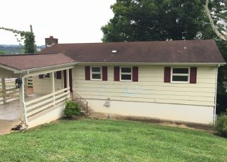 Foreclosure Home in Kingsport, TN, 37660,  BAYS VIEW CT ID: F4136216