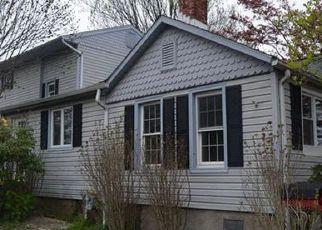 Casa en ejecución hipotecaria in Milford, CT, 06460,  EDGEFIELD AVE ID: F4136404