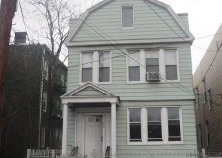 Casa en ejecución hipotecaria in Jersey City, NJ, 07304,  MALLORY AVE ID: F4136537