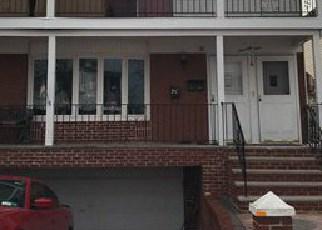 Casa en ejecución hipotecaria in Staten Island, NY, 10303,  BIRCH RD ID: F4137218