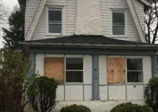 Casa en ejecución hipotecaria in Upper Darby, PA, 19082,  WINDSOR AVE ID: F4137236