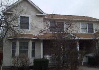 Casa en ejecución hipotecaria in Cleveland, OH, 44104,  KINGSBURY BLVD ID: F4137292