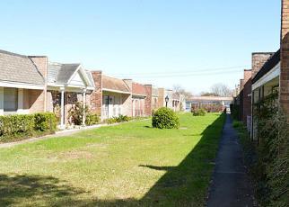 Casa en ejecución hipotecaria in Houston, TX, 77074,  BRAEBURN GLEN BLVD ID: F4137502