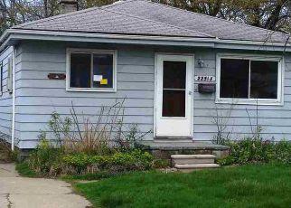 Casa en ejecución hipotecaria in Warren, MI, 48089,  OAKLANE ST ID: F4137995