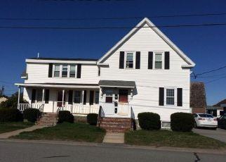Casa en ejecución hipotecaria in Barnstable Condado, MA ID: F4138011