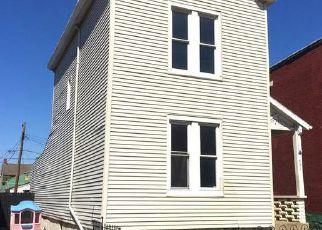 Casa en ejecución hipotecaria in Newport, KY, 41071,  W 10TH ST ID: F4138042