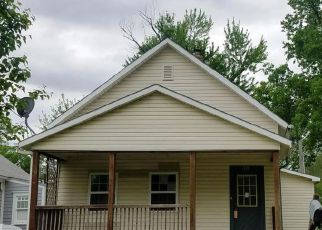 Casa en ejecución hipotecaria in Ottawa, KS, 66067,  S MAPLE ST ID: F4138051