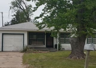 Casa en ejecución hipotecaria in Dodge City, KS, 67801,  MINNEOLA RD ID: F4138057