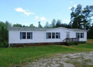 Casa en ejecución hipotecaria in Mount Airy, NC, 27030,  CEDAR LAKE TRL ID: F4138577