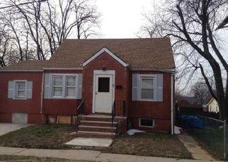 Casa en ejecución hipotecaria in New Brunswick, NJ, 08901,  LARCH AVE ID: F4138789