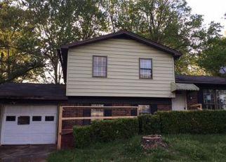 Casa en ejecución hipotecaria in Radcliff, KY, 40160,  INDIANA TRL ID: F4138826