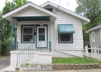 Casa en ejecución hipotecaria in Covington, KY, 41014,  CENTER ST ID: F4138833