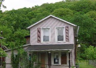 Casa en ejecución hipotecaria in Hocking Condado, OH ID: F4139005