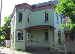 Casa en ejecución hipotecaria in Harrisburg, PA, 17104,  SYLVAN TER ID: F4139554