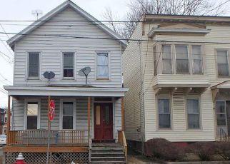 Casa en ejecución hipotecaria in Troy, NY, 12180,  PARK AVE ID: F4139607