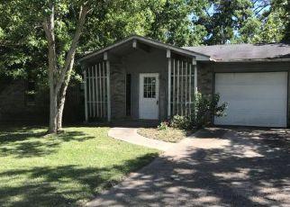 Casa en ejecución hipotecaria in Gautier, MS, 39553,  C W WEBB RD ID: F4139853