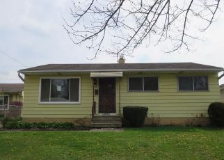 Casa en ejecución hipotecaria in Maple Heights, OH, 44137,  JANICE DR ID: F4140235