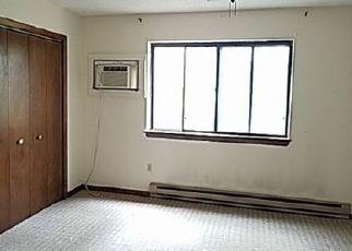 Casa en ejecución hipotecaria in Naugatuck, CT, 06770,  WOOSTER ST ID: F4140632