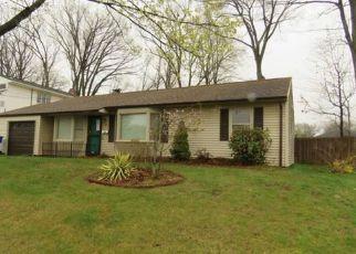 Casa en ejecución hipotecaria in East Hartford, CT, 06118,  MALLARD DR ID: F4140639