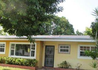 Casa en ejecución hipotecaria in Opa Locka, FL, 33056,  NW 187TH TER ID: F4140698
