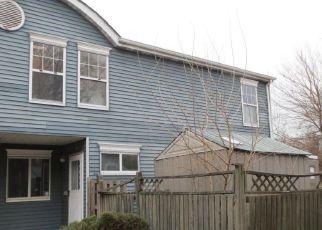 Casa en ejecución hipotecaria in Staten Island, NY, 10303,  POND WAY ID: F4141132